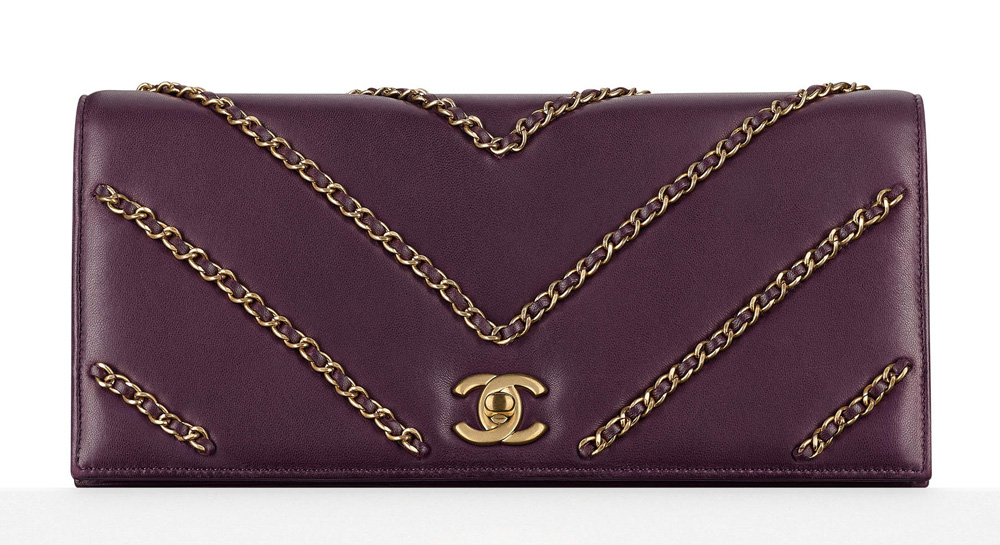 Chanel-Chain-Embellished-Clutch-4200