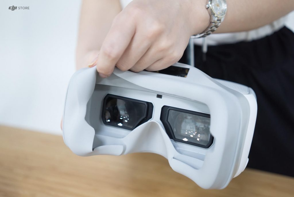 DJI-Goggles-unboxing-9-1-1024x684